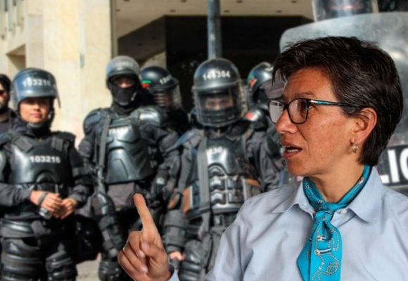 Alcaldesa de Bogotá se enfrenta al ESMAD