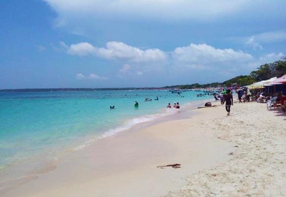 El necesario cierre de Playa Blanca en Cartagena