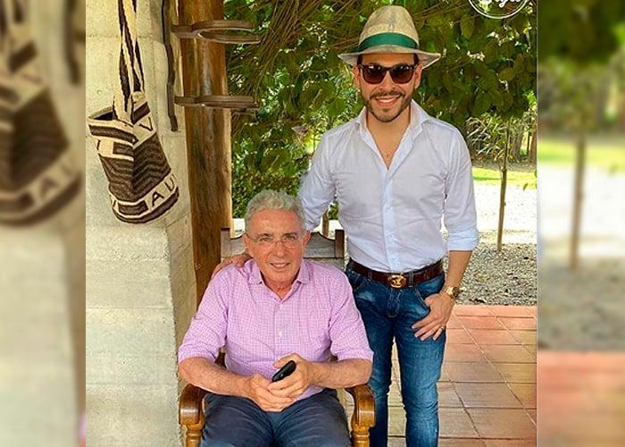 La visita de Abelardo de la Espriella a Uribe en el Uberrimo ...