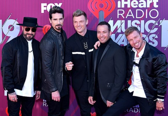 La fan que espera a los Backstreet Boys desde los 16 años