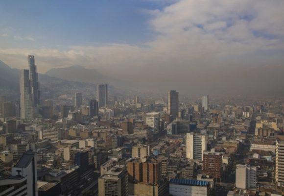 El tire y afloje por la alerta amarilla en Bogotá