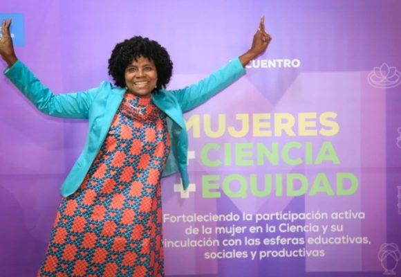 La ministra Mabel Torres le calla la boca a sus críticos