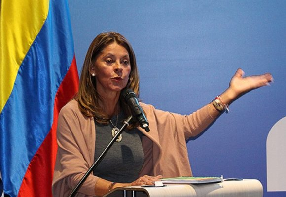 La admirable ceguera de la vicepresidenta Martha Lucia Ramirez