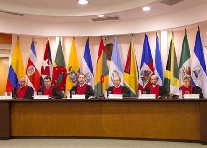 Colombia inundada con demandas internas y externas