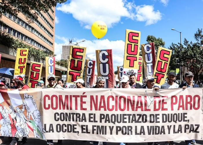 La crisis de las centrales obreras y el movimiento sindical