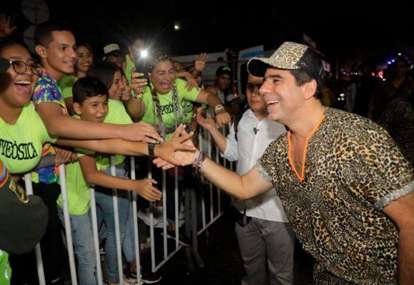 Alejandro Char sigue de rockstar en Barranquilla
