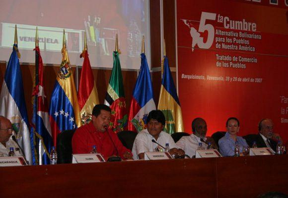 Unir a los países latinoamericanos: otra estrategia del comunismo