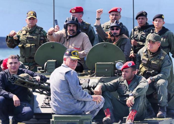 ¿Los gringos nos quieren poner en guerra con Venezuela?
