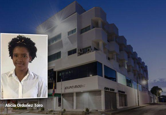 """""""Su pelo no es para trabajar en un hotel"""": el ataque racista a una mujer afro en La Guajira"""