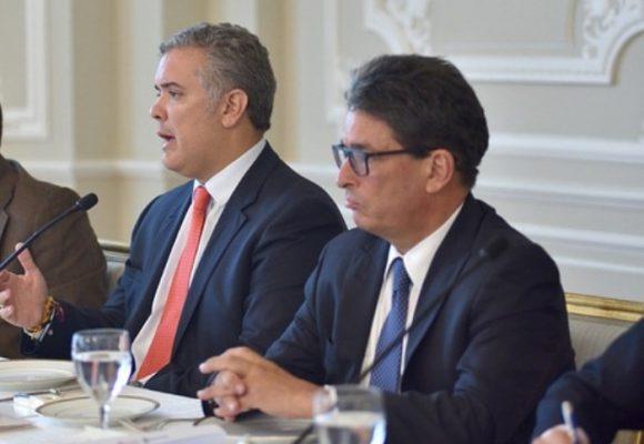 En materia de pensiones, Colombia rema en contravía