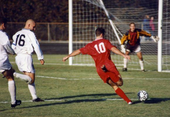 10 razones por las que se debería acabar el fútbol profesional