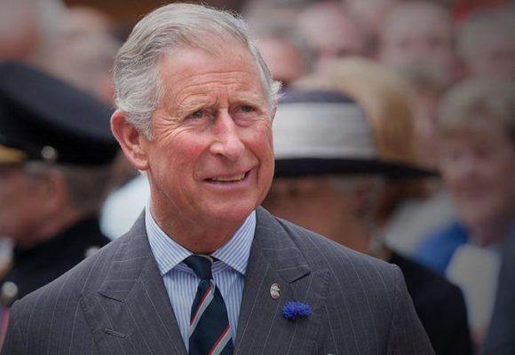 El Principe Carlos tiene Coronavirus ¿La reina también?