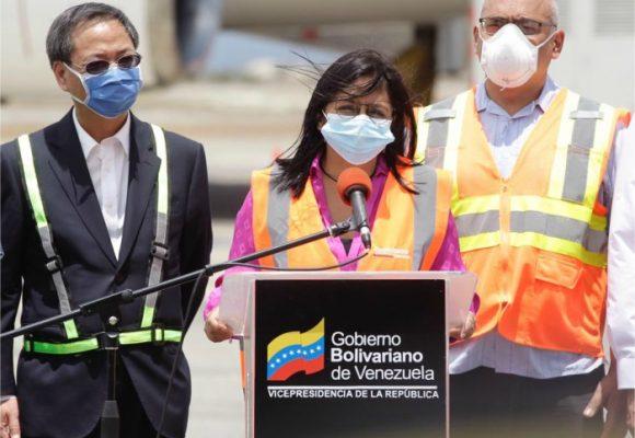 Venezuela recibe la ayuda de China contra el coronavirus