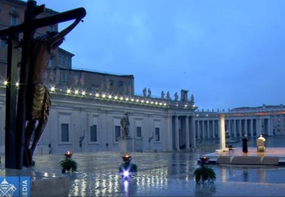 El milagroso Cristo al que se aferra el papa para vencer el Coronavirus