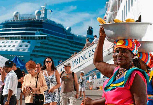 Cruceros que llegan a Colombia: alerta en Cartagena y Santa Marta