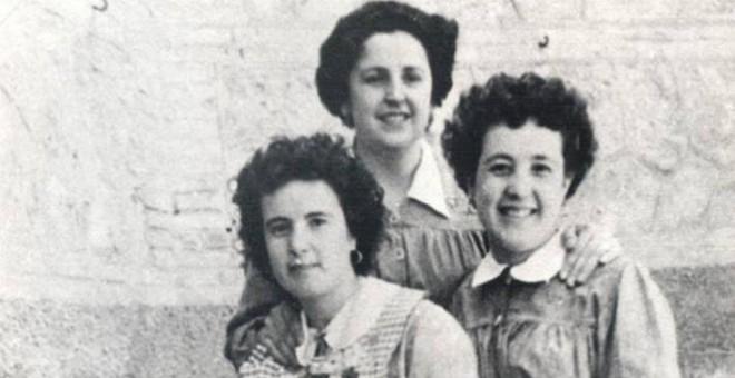 Esperanza Martínez, Remedios Montero y Amada Martínez, en la cárcel de Valencia, en 1956