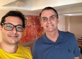Jefe de prensa de Bolsonaro con coronavirus, presidente en exámenes
