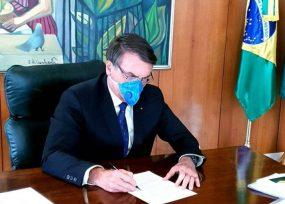 Bolsonaro autorizó suspensión de contratos laborales por 4 meses