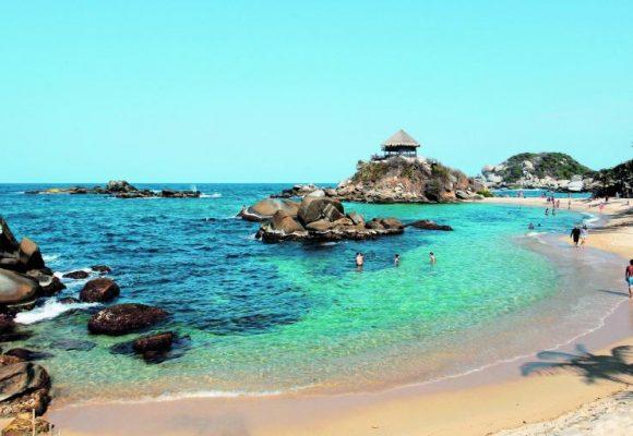 La indignación de una turista porque cerraron las playas de Santa Marta. Video