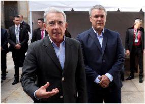 Uribe le insiste a Duque: cuarentena total ya