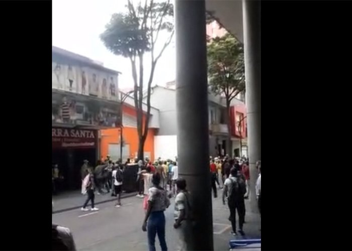 [VIDEOS] Intento de robo masivo al Ara en Pereira