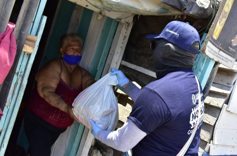 Una empresa privada adopta barrios enteros en Barranquilla en medio de la cuarentena para que no falte la comida