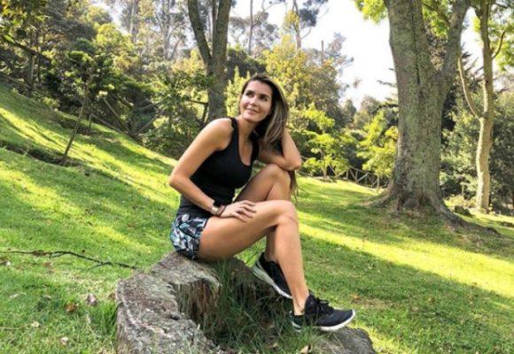 Con foto sexy Isabel Cristina Estrada invitó a sus seguidores a quedarse en casa