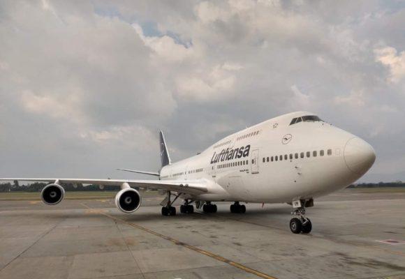En un Boeing 747-400, salen los últimos turistas europeos de Colombia