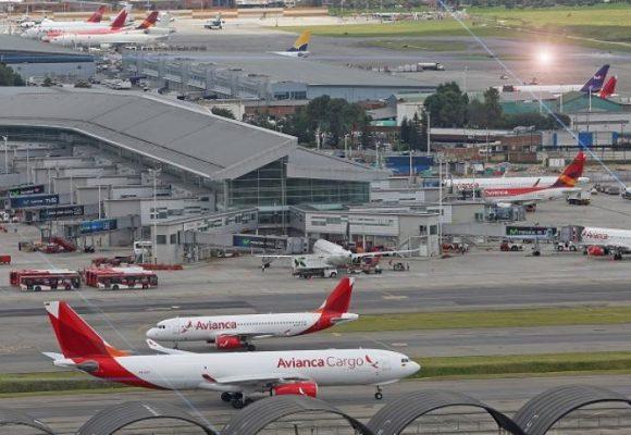 Industria aérea colombiana pide auxilio económico