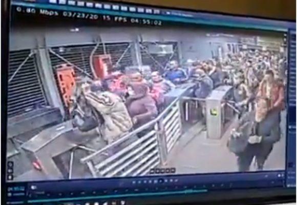 VIDEO: Ni la cuarentena evita aglomeraciones en Transmilenio