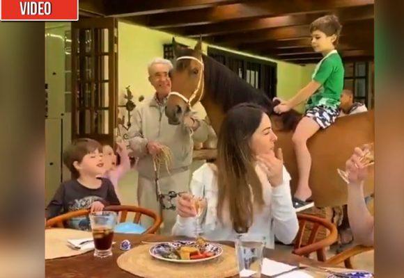 Uribe un abuelo en relax