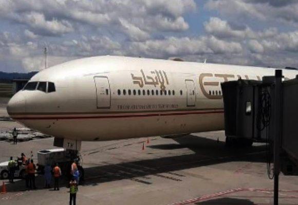 Cien médicos colombianos con las maletas listas para irse a Emiratos Arabes