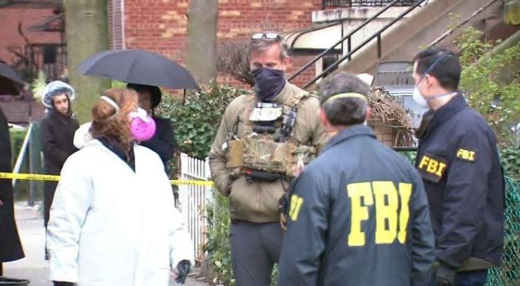 El hombre que tenía escondido en su casa 2 millones de tapabocas y cientos de ventiladores. Video
