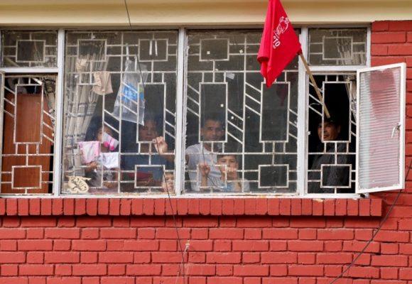 Cada vez son más las banderas rojas: el hambre azota Bogotá