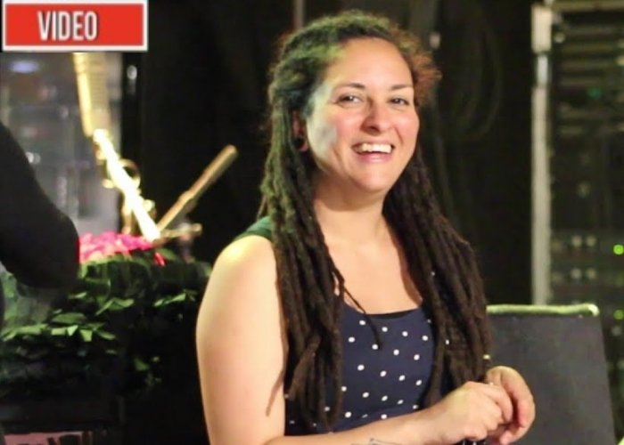 Video: Vickynga, la embajadora colombiana de la cumbia en Europa