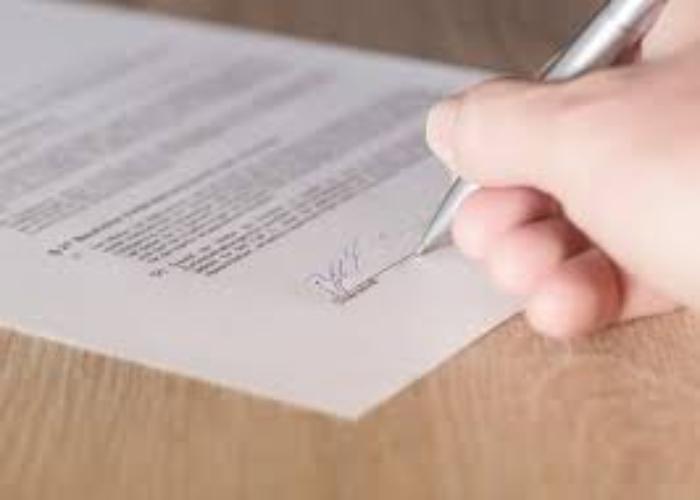¿Se puede suspender un contrato laboral tras prolongación de la cuarentena?