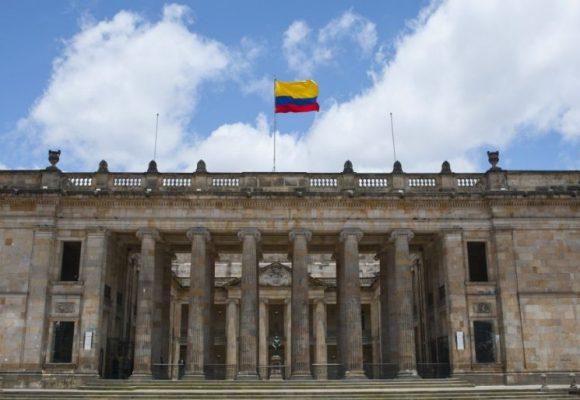 ¿Cerrar el Congreso para salvar a Colombia de la corrupción?