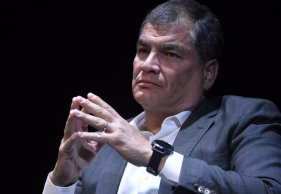 Rafael Correa recibe desde Bélgica condena por corrupción en Ecuador