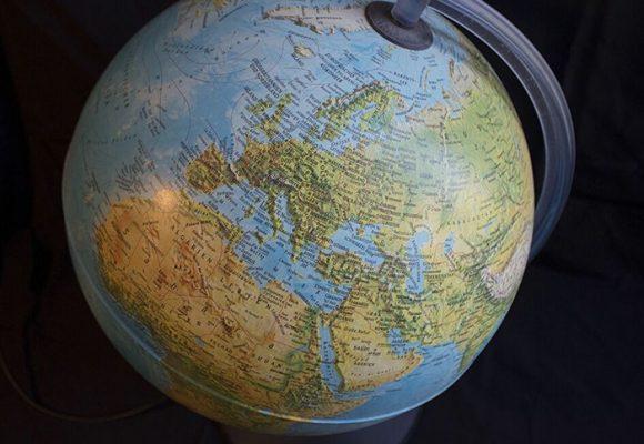 Cooperación entre sociedades y naciones, única salida