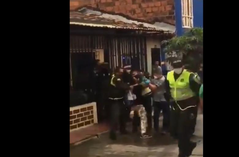 Atraparon al asesino del policía que mataron por hacer respetar la cuarentena. VIDEO