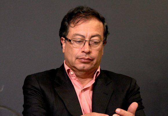 Petro sugiere que hay manipulación en cifras reales de muertos por Coronavirus en Colombia