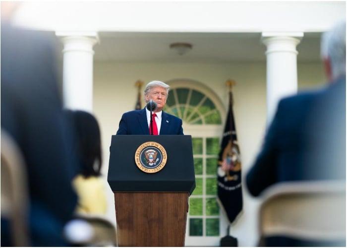 El salvavidas de Trump, ¿y Duque?