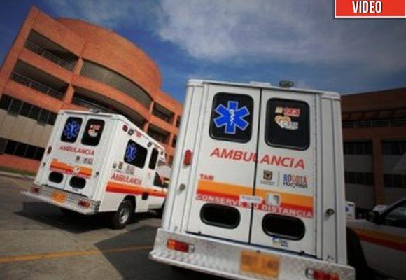 Tres sinvergüenzas alquilan ambulancia para burlarse de la cuarentena