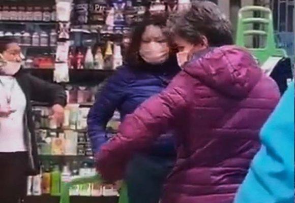 Me encanta que Claudia y Angélica salgan juntas a hacer mercado