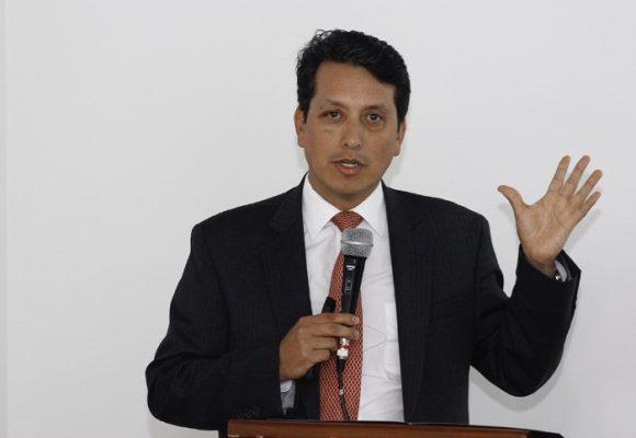 La OMS encarga a Carlos Álvarez la prueba de medicamentos del COVID-19 en Colombia