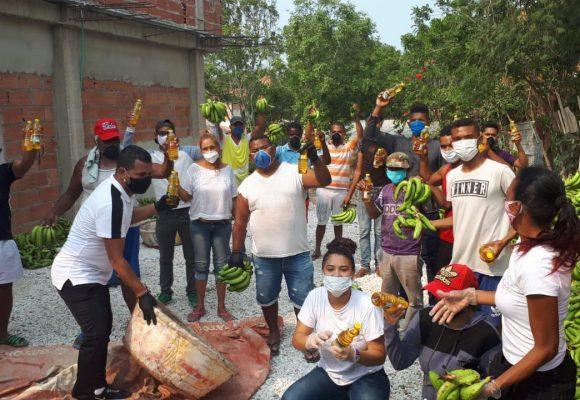 Un desafío digital inundó de plátanos y aceite a un barrio de Barranquilla en medio de la cuarentena