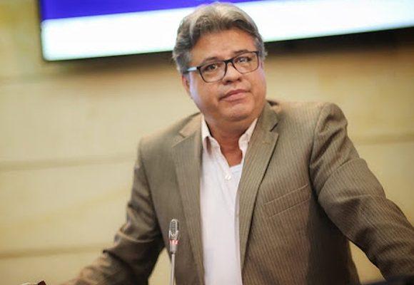 Primer congresista colombiano en aislamiento por Coronavirus