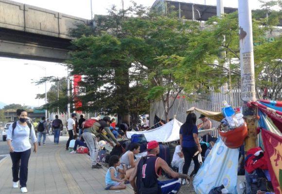 La pesadilla de cientos de venezolanos atrapados en Colombia