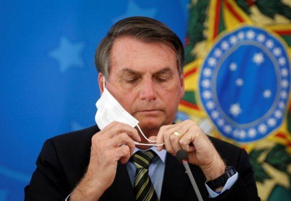 Bolsonaro bromea sobre el coronavirus el día que Brasil tuvo 1.179 muertes en 24 horas