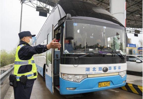 Funcionario chino paga con su puesto el regreso del COVID-19 a Wuham